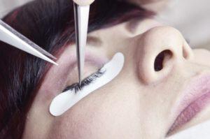Zabiegi upiększające świadczone przez salony kosmetyczne