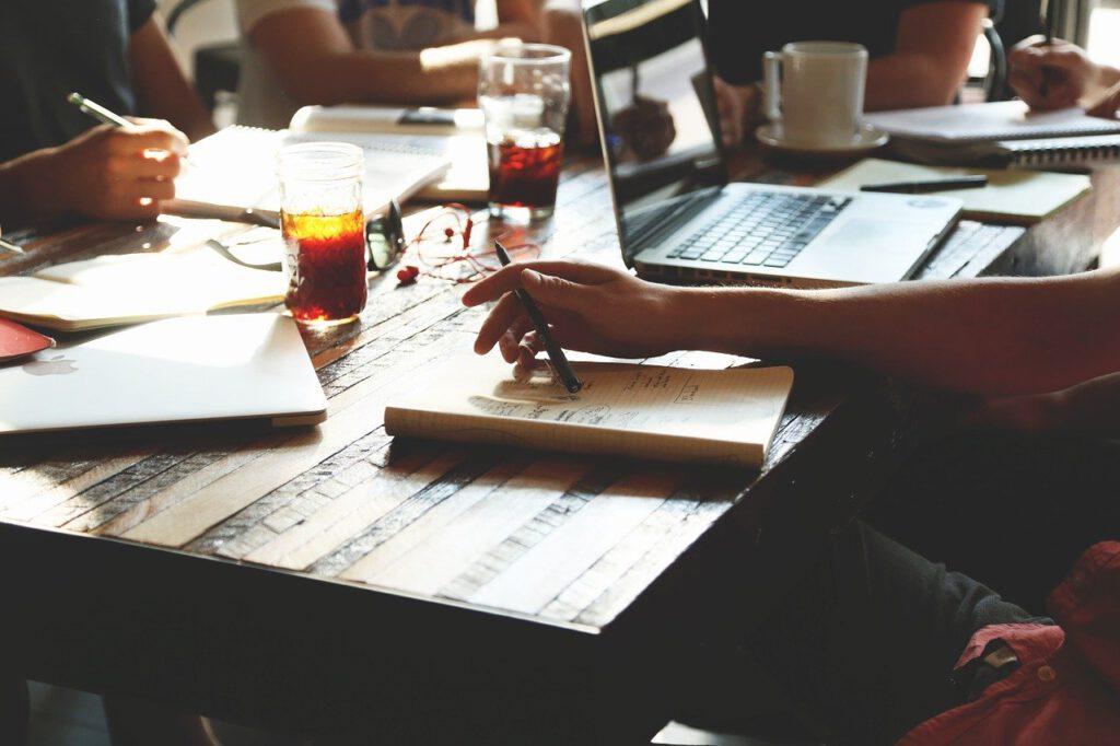 Kluczowe zalety posiadania umiejętności w zakresie ITIL