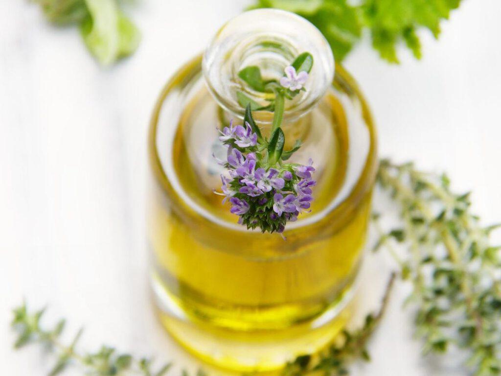 Co wpływa na wyjątkowe aromaty perfum?